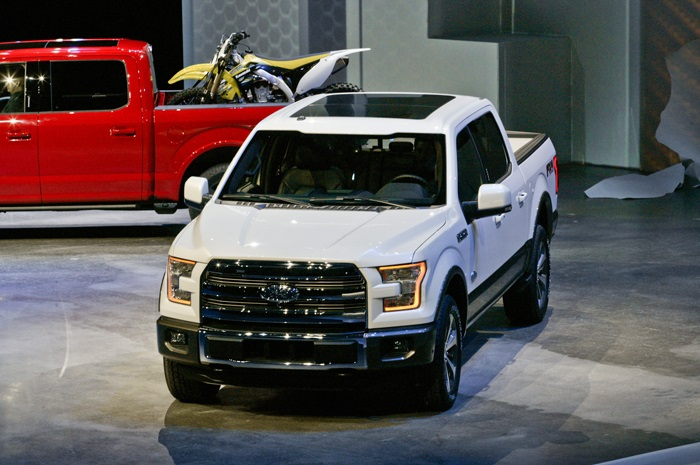 2015 ford f-150 than nhom