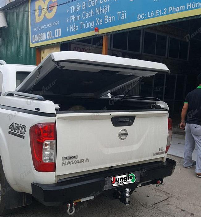 Cản sau cho xe Nissan Navara 2018 tại Hà Nội