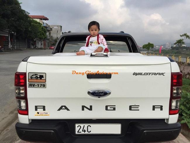http://napthungxebantai.vn/Uploads/images/Dan-kinh-o-to-hoi-Ford-Ranger-Viet-Nam.jpg