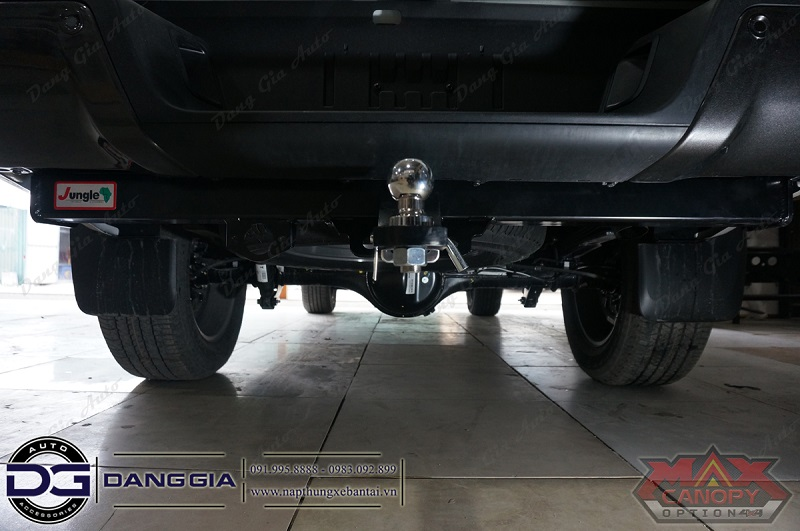 Towbar Piak Jungle 211