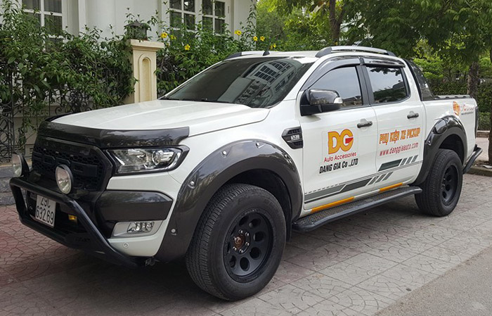 can truoc yak Ford Ranger xlt