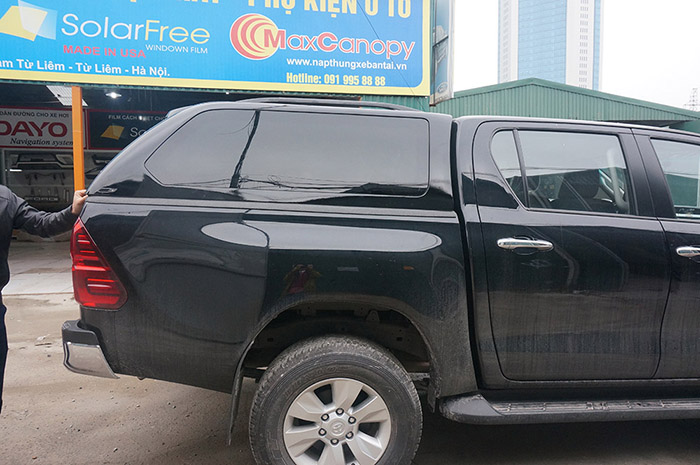 canopy gse Toyota Hilux Revo 2016
