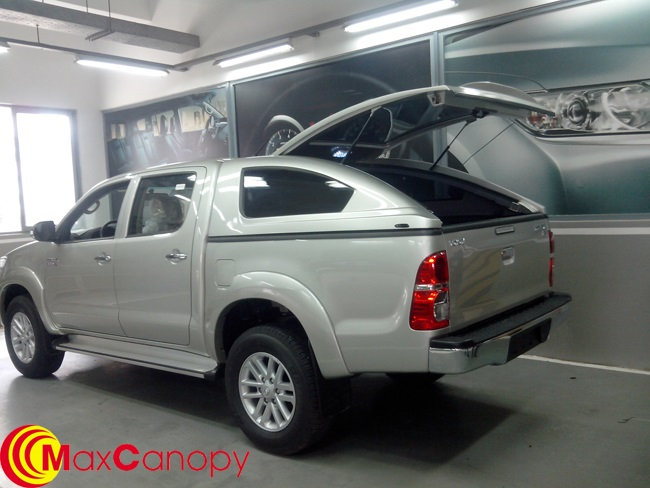 canopy toyota hilux ban tai x6 2015