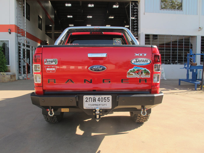 Ford Ranger cản sau jungle pj261