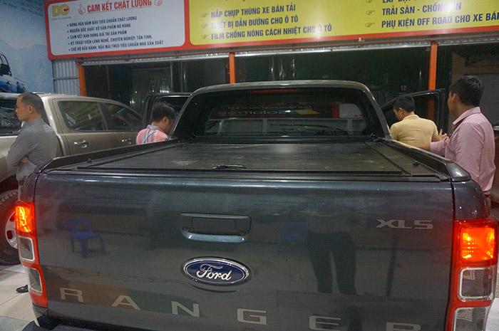 Nắp thùng cuộn bản Ford Ranger XLS