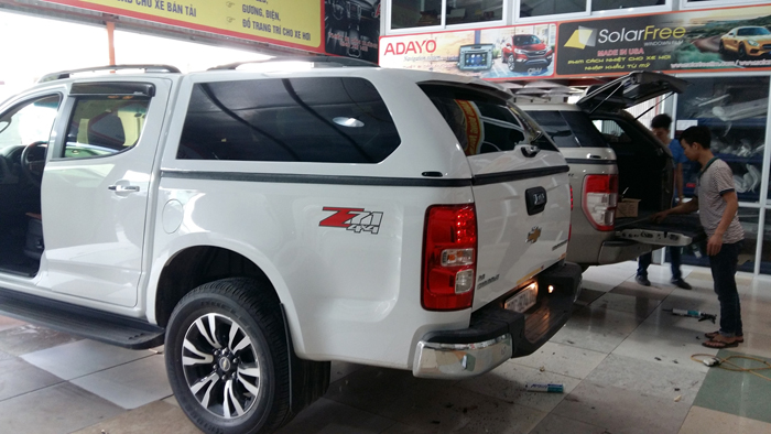 nap thung cao Chevrolet Colorado