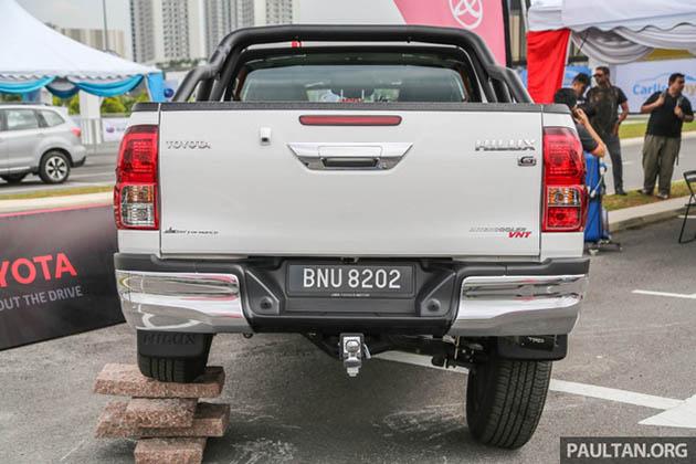 Toyota Hilux phụ kiện TRD badosoc