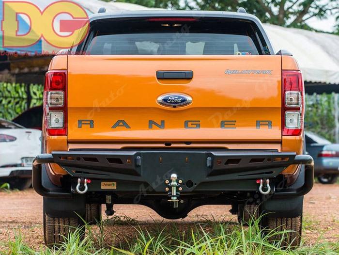 Badosoc sau Ford Ranger cản PJ-251