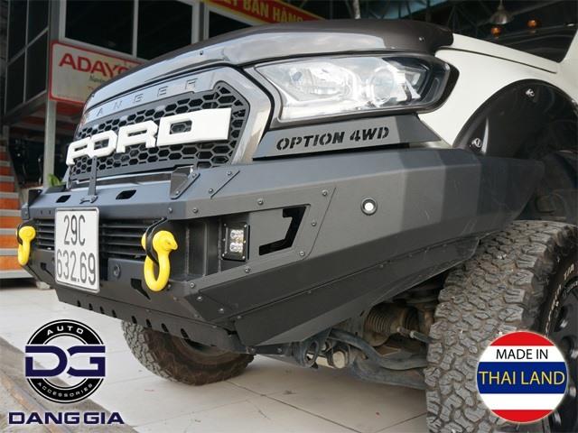 Cản trước xe Ford Ranger hãng Option 4WD