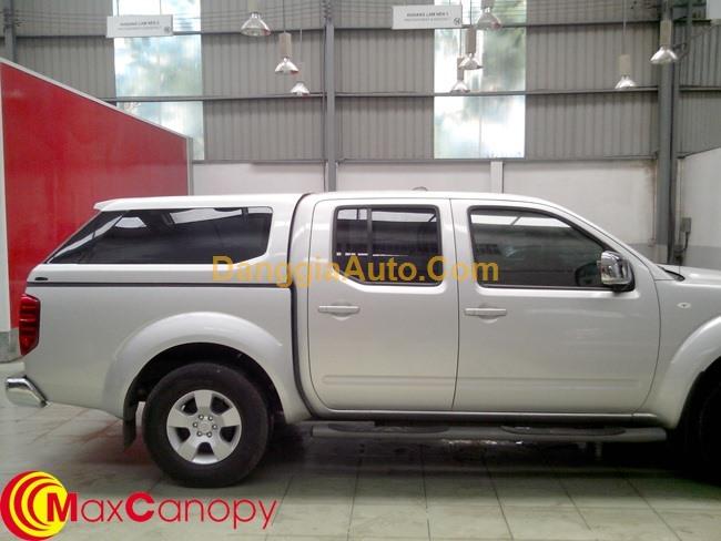 Nắp chụp thùng xe pickup Nissan Navara dáng Rover