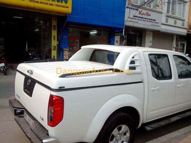 Nắp thùng thấp xe bán tải Nissan Navara