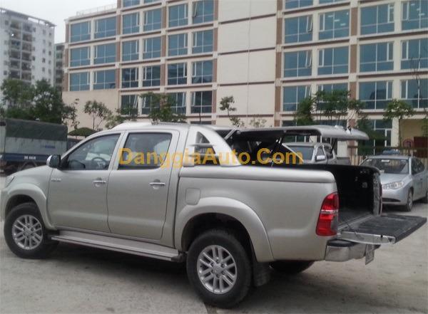 Nắp thùng xe Toyota Hilux mở 90 độ SM1
